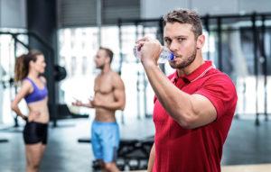 Pitný režim - čo piť pred, počas a po tréningu